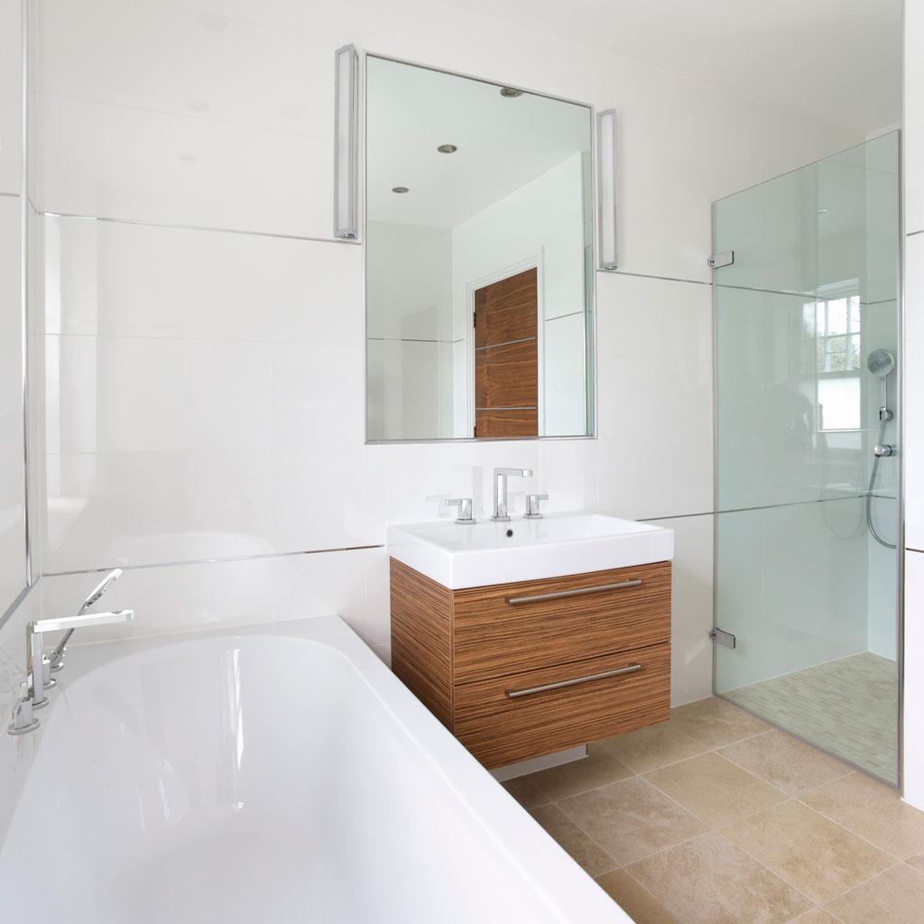 Basic bathroom suite -  Hidden